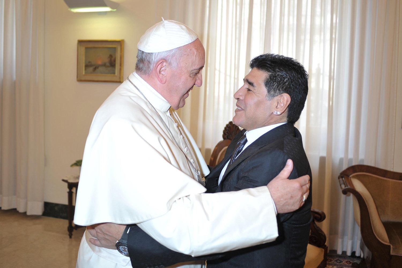 Diego-Armando-Maradona-14
